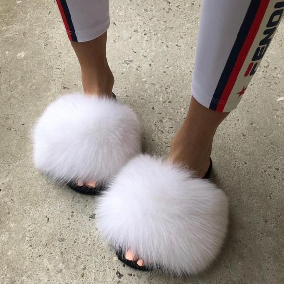 ca434152e035d NEW! Fox Fur Slides Genuine Fur Slippers- WHITE NWT